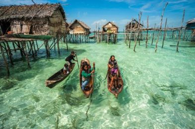 The Bajau community off Malaysian coast (image from dailymail.uk