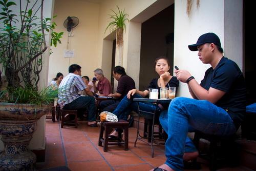 cafe-giang-nguyen-huu-huan9